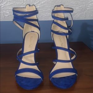 Blue crossed heels/sandals